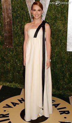 Natalie Portman assiste à la soirée Vanity Fair au Sunset Tower Hotel suivant la 85e cérémonie des Oscars. Los Angeles, le 24 février 2013.