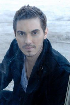 Mihalis Hatzigiannis - Greek Singer