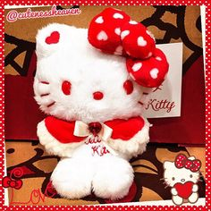 My Hello Kitty White Christmas Plushie from Japan is sooo fluffy & adorable!!! I think I want the big version now!!! 😍❤️😍❤️😍❤️ #hellokittyplush #hellokittychristmasplush ##hellokitty #hellokittycollection #hellokittyobsession #sanrio #cute #hellokittyhugs #ilovehellokitty #hellokittyeverything #hellokittycollectible #sanriocollectible #hellokittyshop #hellokittyjunkie #hellokittylove