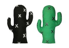 Cuddle this cozy cactus without a scratch. Made from jungle green or black cotton and scattered with hand painted crosses, this stand…