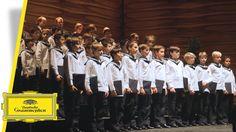 Vienna Boys Choir - Merry Christmas From Vienna - Rolando Villazón (Trai...