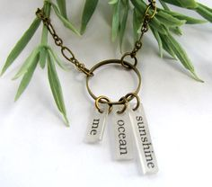 shrink  necklace words