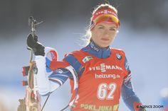 Gabriela Koukalova s'impose devant 34 000 fans déchainés