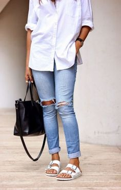 Fall Birkenstock Outfit Inspiration Looks, Where to Buy, & Birkenstock Dupes Birkenstock Outfit, Estilo Birkenstock, White Birkenstock, Summer Chic, Spring Summer Fashion, Autumn Fashion, Chic Outfits, Fashion Outfits, Womens Fashion