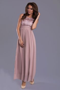 Shop plus-sized formal dresses and semi-formal plus party dresses at Simply Dresses. Plus cocktail dresses, plus-sized dresses for parties, plus-size casual dresses, and evening gowns in plus sizes. Plus Size Formal Dresses, Casual Dresses, Long Sleeve Mini Dress, Celebrity Dresses, Lace Tops, Fashion Addict, Flare Dress, Evening Gowns, Ball Gowns