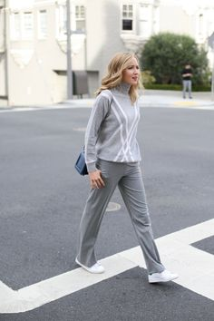 d tommy hilfiger grey turtleneck sweater white x wide leg dress pants adidas stan smith all white sneakers phillip lim navy cross body bag workwear office professional women fashion style blog