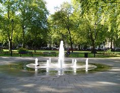 Russell Square!! Many fond memories of this park. :)