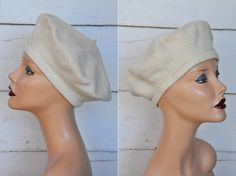 Ivory Wool French Basque Beret Anglobasque Cap // by LaDeaDeiSogni