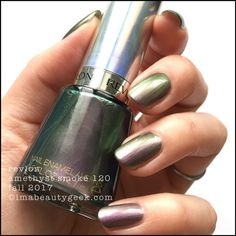 stuff that delivers best-you beauty and style Revlon Nail Polish, Green Nail Polish, Green Nails, Revlon Nagellack, Nail Picking, Nail Polish Collection, Pretty Green, Nail Arts, Natural Nails