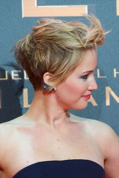 Jennifer Lawrence hair styled up. I wish I was bold enough to do this hair cut.