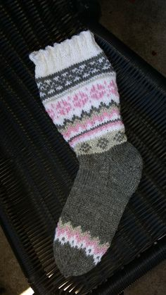 Knit Socks, Knitting Socks, Hand Knitting, Mittens, Knits, Stockings, Daughter, Child, Sock Knitting