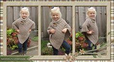 Voor mijn jongste kleindochter ook een poncho, ditmaal met col.   Eigen ontwerp; 2 rechthoekige lappen gehaakt, 34 steken, 1e en laatste ...
