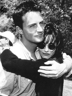 Matthew Perry and Courteney Cox.
