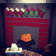 Office Christmas decor for a cubicle