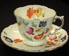 Aynsley Fleurr TEXTURE CREAMY simplyTclub Tea cup and saucer