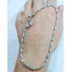 Beli gelang kaki emas putih balok kadar 75 persen dari toko emas jfaf tokoemasjfaf - Jakarta Utara hanya di Bukalapak Jakarta, Diamond, Jewelry, Fashion, Jewellery Making, Jewlery, Jewelery, Fashion Styles, Jewerly