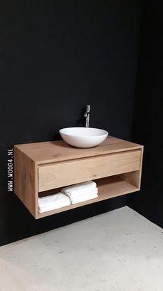 Bekijk de foto van WOOD4nl met als titel Elk eiken badkamermeubel uit onze Lavello LIV collectie is in een gewenste maatvoering en waskommen leverbaar. En de kleur...die bepaal je ook zelf. Zo wordt het helemaal jouw badmeubel. kijk op onze website voor meer info: www.wood4.nl badkamer, landelijk, stijlvol, eikenhout, hout, natuursteen, waskommen, maatwerk, lavello, wood4 en andere inspirerende plaatjes op Welke.nl.
