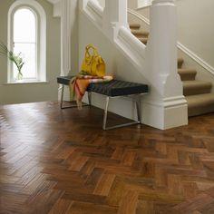 Karndean Art Select Flooring: Luxury Auburn Oak Vinyl AP02