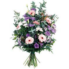 Gerbe Main composée de gerberas, lysianthus, statices, bonis, fougéres, eucaplyptus, cinéréa. #deuil #condoleances