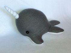 Etsy の Narwhal Plush Toy by MythfitCreations