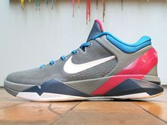 e04797f9cfaa Nike Kobe VII London