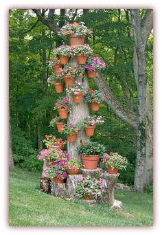 What a great idea! Tree Stump Pot Holder