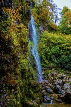Waterfall by Ertürk Buluç on 500px