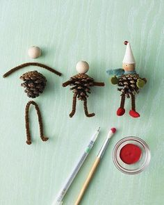 Pipe cleaners, pinecones, and simple wooden beads can be combined to create tiny people or animals. Great for making puppets, dioramas, or for illustrating stories.