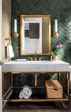 First Home Decoration Herringbone vs Chevron Tile Patterns: How Are They Different? Diy Bathroom Remodel, Shower Remodel, Bathroom Renovations, Bathroom Interior, Home Interior, Interior Design, Bathroom Vanities, Budget Bathroom, Bad Inspiration