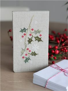 Cross Stitching Christmas Holiday Mistletoe / Kreuzstich Weihnachten Zweig Tanne - <3 <3 <3