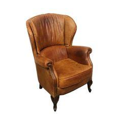 Wat een eyecatcher! Deze echte schapenleren fauteuil is in mooie vintage staat en past in veel verschillende interieur stijlen. Niet geheel onbelangrijk: hij zit ook nog eens fantastisch. ;) De zithoogte is 46 cm.