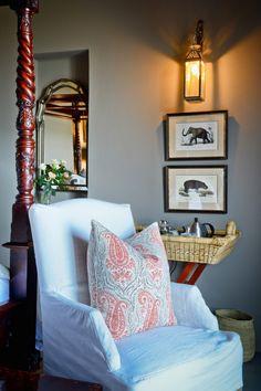 Colonial feel in Bedroom 2