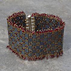 Christine B - Montreal Bracelets Design, Handmade Jewelry Bracelets, Cuff Bracelets, Jewelry Design, Beaded Jewelry Patterns, Beading Patterns, Beaded Jewellery, Twin Beads, Jewelry Boards