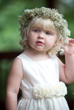 Flower girl - angelic!