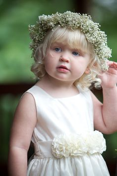 Flower girl - angelic!