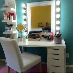 Bedroom Vanity Set Is A Favorite Of Every Woman It Very Comfortable Can Use As Place To Your Cosmetics Sit