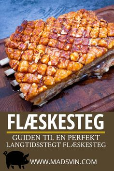 TRADITIONAL ROASTED PORK RECIPE - this is a complete guide for roasted pork with perfect crackling. It is slow cooked and this recipe tells you how to cook roasted pork perfect for a christmas dinner. All of this is in danish. Pork Recipes, Real Food Recipes, Yummy Food, Dinner Is Served, I Love Food, Food For Thought, The Best, Food Porn, Food And Drink