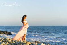 Beach maternity session with sew trendy dress www.shannonprincephoto.com