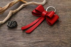 Leather Keychain, Leather Keyring, Key Fob, Gift for Him, Gift for Her - Adam Sine Birthday Ideas For Her, Birthday Gifts For Girlfriend, Birthday Gift For Him, Diy Birthday, Birthday Presents, School Birthday, Homemade Birthday, Sister Birthday, Diy Gifts For Him