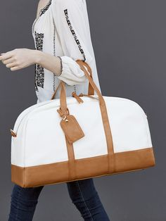 Roomy travel bag for stylish weekend getaways sole society marant. Coach Outlet, My Bags, Purses And Bags, Fashion Bags, Fashion Accessories, Travel Accessories, Sac Week End, Weekender, Luggage Bags