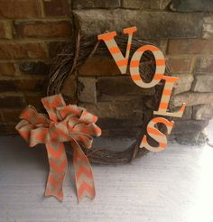 Tennessee Vols Decorative Wreath by TennesseeChic on Etsy