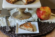 This Spiced Apple Tart features cinnamon and nutmeg spiced apples nestled in an oatmeal-almond crust. This gluten-free and vegan dessert is healthy enough to double as breakfast! | #recipe from Bakerita.com