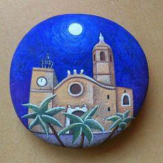 Sitges #stone #piedrapintada  #pintura #sitges #iglesia #art #luna #night #noche #colours