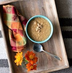Instant Pot Pumpkin Pie Steel Cut Oats - warm, creamy and full of pumpkin flavor! This easy instant pot breakfast makes a great Thanksgiving breakfast! Best Breakfast Recipes, Savory Breakfast, Breakfast Dishes, Breakfast Ideas, Flourless Chocolate Cakes, Chocolate Flavors, Cooking With Bourbon, Christmas Ham, Steel Cut Oats