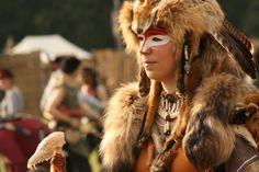 Costume foxshaman - portrait by vanRotten on DeviantArt Barbarian Costume, Warrior Costume, Barbarian Woman, Northen Lights, Warrior Paint, Bone Crafts, Rumble In The Jungle, Wise Women, Cosplay