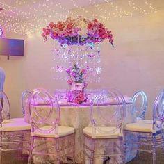 Glass Vase, Home Decor, Decoration Home, Room Decor, Interior Design, Home Interiors, Interior Decorating