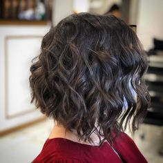 Photo by Hairstyle Rafael on September 14, 2020. Image may contain: one or more people. Thin Hair Haircuts, Cute Hairstyles, Tapered Haircut, Pixie Cut, Hair Cuts, Long Hair Styles, People, Beauty, Women
