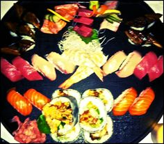 a proper place for my food fun Sashimi, Platter, I Foods, Good Food, Ethnic Recipes, Clean Eating Foods, Eating Well, Yummy Food