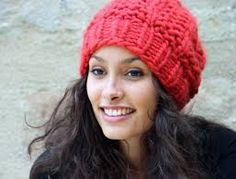 tuto tricot bonnet femme                                                                                                                                                                                 Plus Diy Crochet, Beret, Lana, Hand Knitting, Headbands, Knitted Hats, Winter Hats, Sewing, Fashion