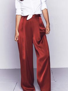 "shirts and shit Bildsuchergebnisse für ""silk pants"" Things to Consider when Buying Prom Dresses and Silk Pants Outfit, Palazzo Dress Pants, Apple Shape Fashion, Vintage Outfits, Vintage Fashion, Future Clothes, Photocollage, Silk Pajamas, Pants Pattern"
